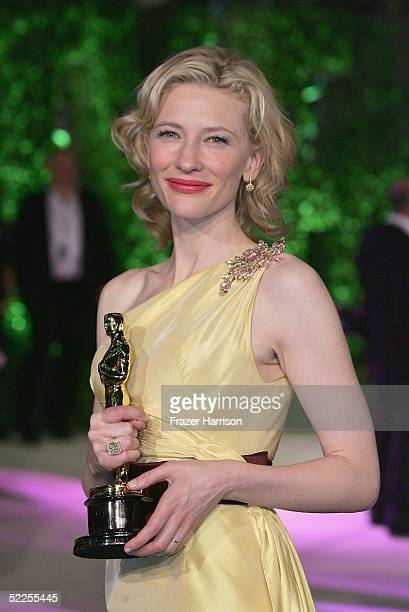 Best Supporting Actress Cate Blanchett arrives at the Vanity Fair Oscar Party at Mortons on February 27 2005 in West Hollywood California