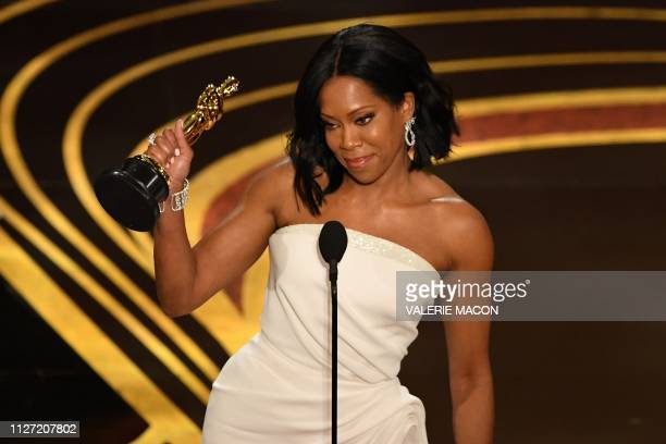 TOPSHOT Best Supporting Actress nominee for If Beale Street Could Talk Regina King accepts her Oscar during the 91st Annual Academy Awards at the...