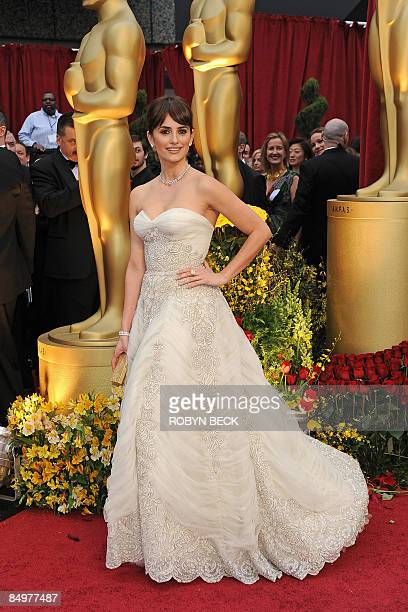 Best Supporting Actress winner Penelope Cruz arrives at the 81st Academy Awards at the Kodak Theater in Hollywood California on February 22 2009 Cruz...