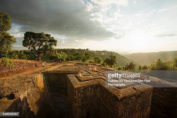 bet giyorgis (st georges church) at dusk, lalibela, ethiopia - lalibela stock photos and pictures