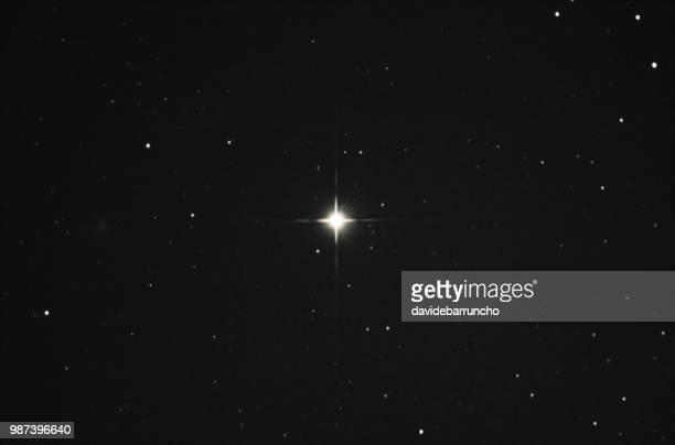 betelgeuse star - supernova foto e immagini stock