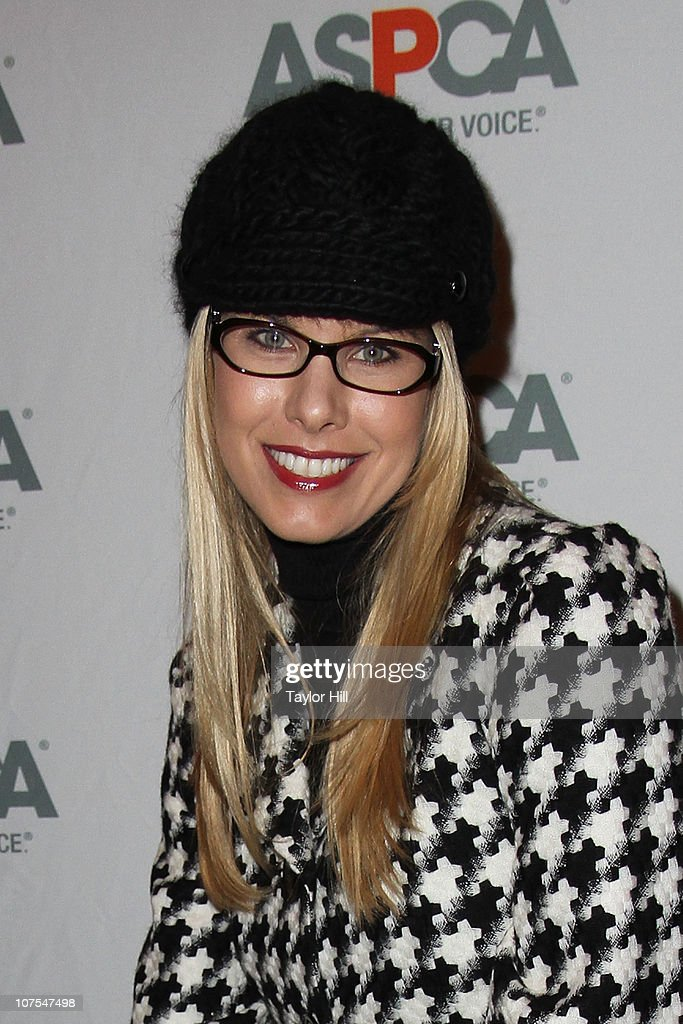 Beth Ostrosky Stern attends the 2010 ASPCA Blessing Of The Animals at Christ Church on December 12, 2010 in New York City.