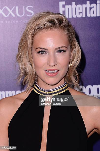Beth Riesgraf attends the Entertainment Weekly and PEOPLE celebration of The New York Upfronts at The Highline Hotel on May 11 2015 in New York City