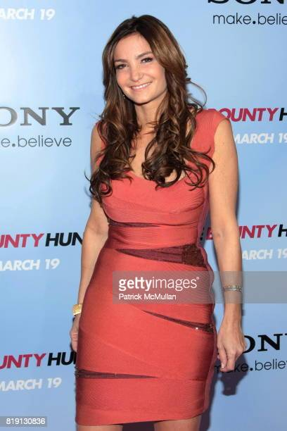 Beth Shak attends Premiere Of 'THE BOUNTY HUNTER' at Ziegfeld Theatre on March 16 2010 in New York City