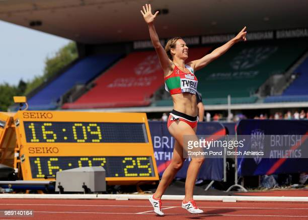 Beth Twell of Great Britain celebrates winning the Women's 5000m Final during Day Two of the Muller British Athletics Championships at the Alexander...