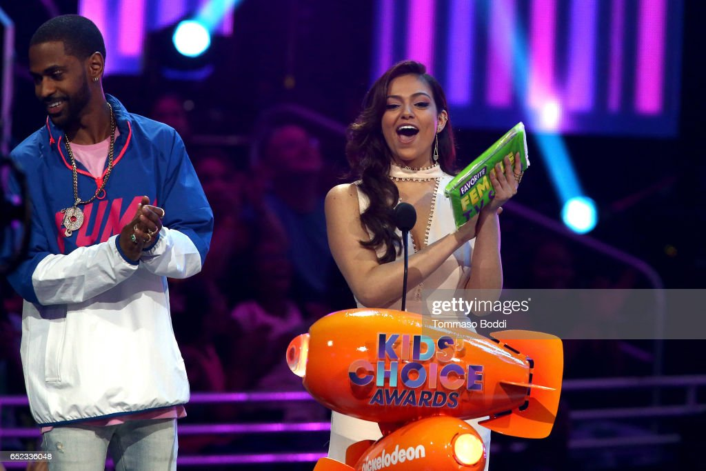 Bethany Mota and Big Sean onstage at the Nickelodeon's 2017 Kids' Choice Awards at USC Galen Center on March 11, 2017 in Los Angeles, California.