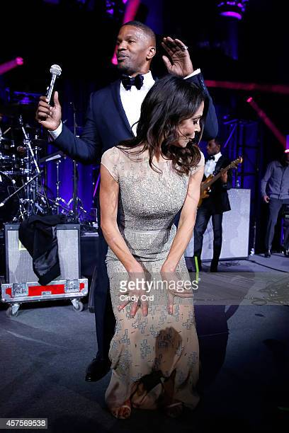 Bethenny Frankel and Jamie Foxx perform on stage at Angel Ball 2014 hosted by Gabrielle's Angel Foundation at Cipriani Wall Street on October 20 2014...