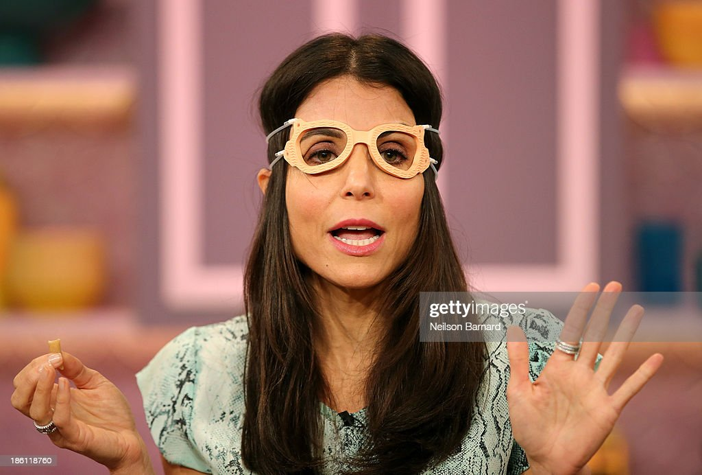 Farrah Abraham, Bethenny Tests Infomercial Products : News Photo