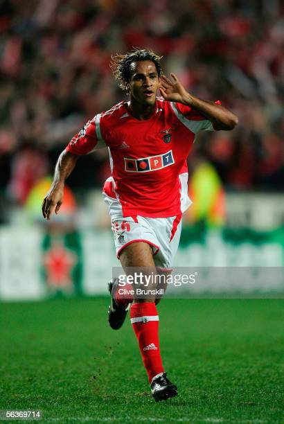 Beto of Benfica celebrates the scoring the winning goal that takes them into the knokcout stages during the UEFA Champions League group D match...