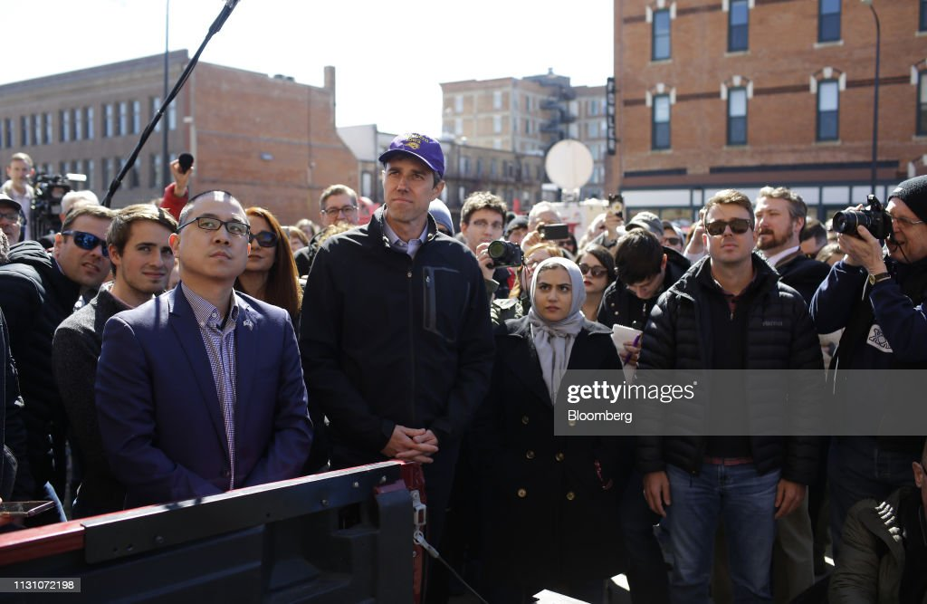 Beto O'Rourke Attends Canvass Kickoff For Eric Giddens Campaign : News Photo