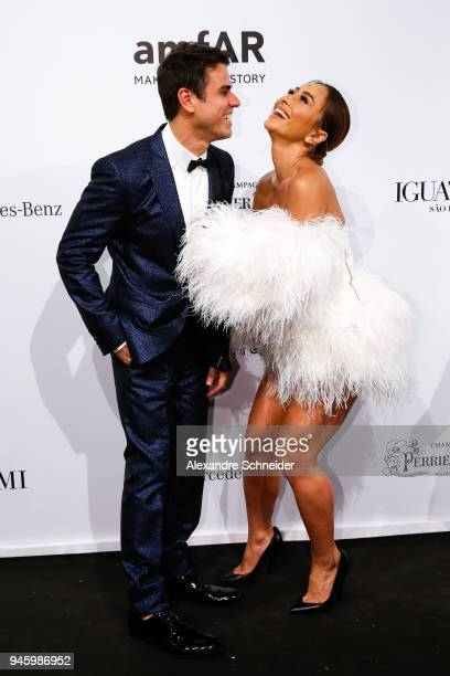 Beto Pacheco and Sabrina Sato attend during the 2018 amfAR Gala Sao Paulo at the home of Dinho Diniz on April 13 2018 in Sao Paulo Brazil