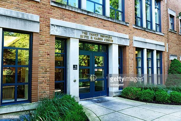 bette d. harris center, family institute, evanston, illinois - evanston illinois stock photos and pictures