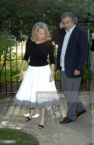 Bette Midler and Robert De Niro during Bette Midler's New York Restoration Project Celebrates the Opening of the Rodale Pleasant Park Community...