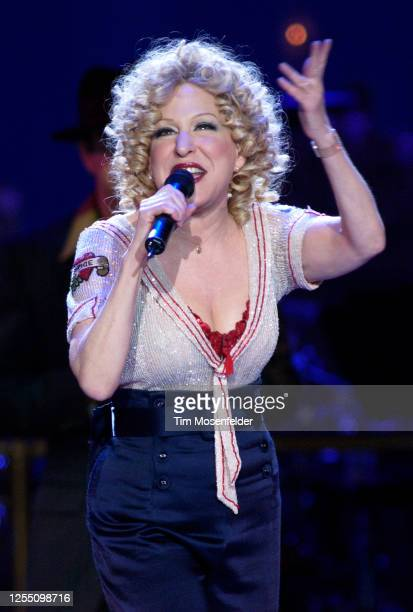 Bette Midler performs at HP Pavilion on February 10, 2004 in San Jose, California.