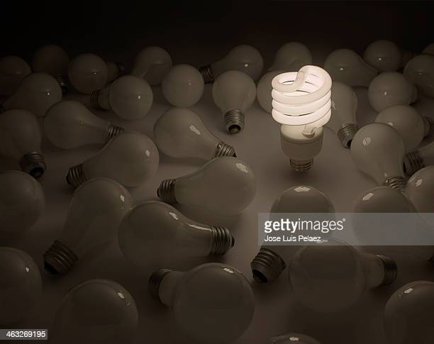 better idea - incandescent bulb fotografías e imágenes de stock