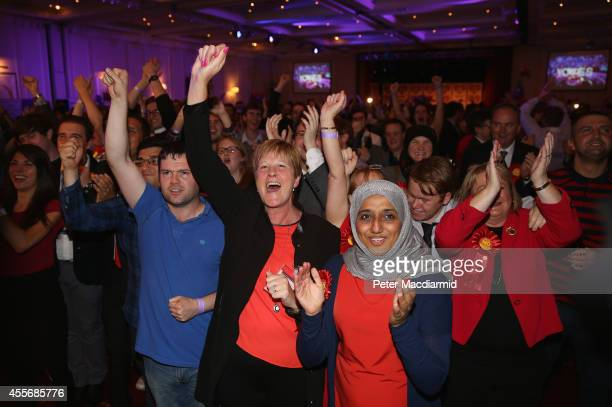 Better Together supporters celebrate the result at the campaign Headquarters at the Marriott Hotel on September 19 2014 in Glasgow Scotland The...