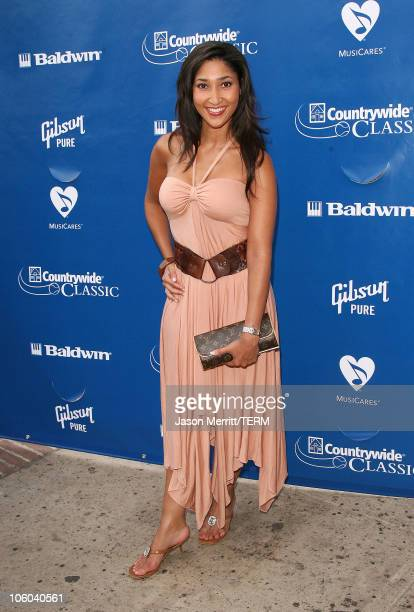 Bettina Bush during Gibson and Baldwin Host 2006 'Night at the Net' Arrivals at Los Angeles Tennis Center in Westwood California United States