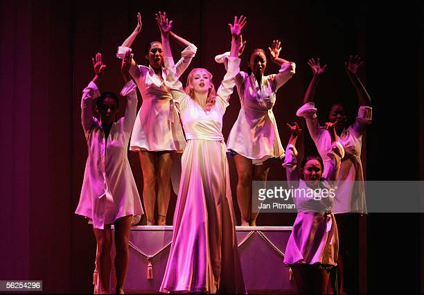 Bettina Moench performs on stage during a photocall for the musical 'Aida' on November 22 2005 in Munich Germany The premiere of the musical which...