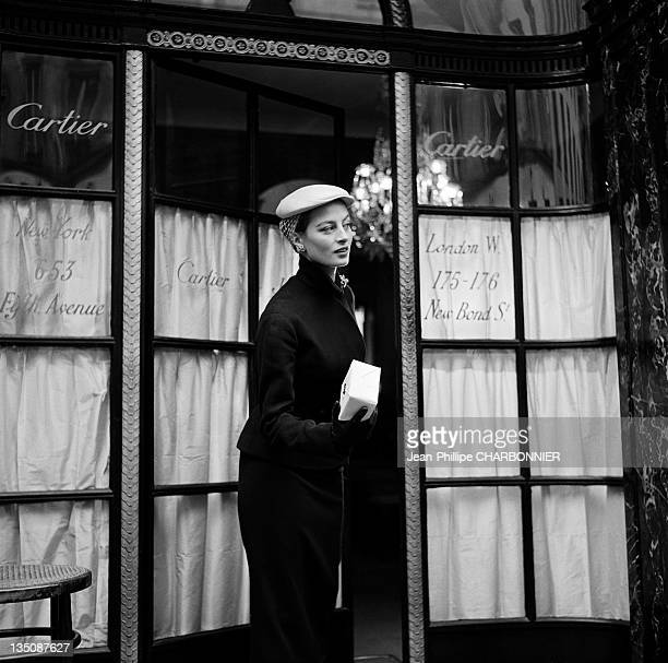 Bettina, the famous top model taking out of the jewelry Cartier, place Vendome, Paris in 1953. Cartier was founded in Paris in 1847 by Louis-Francois...