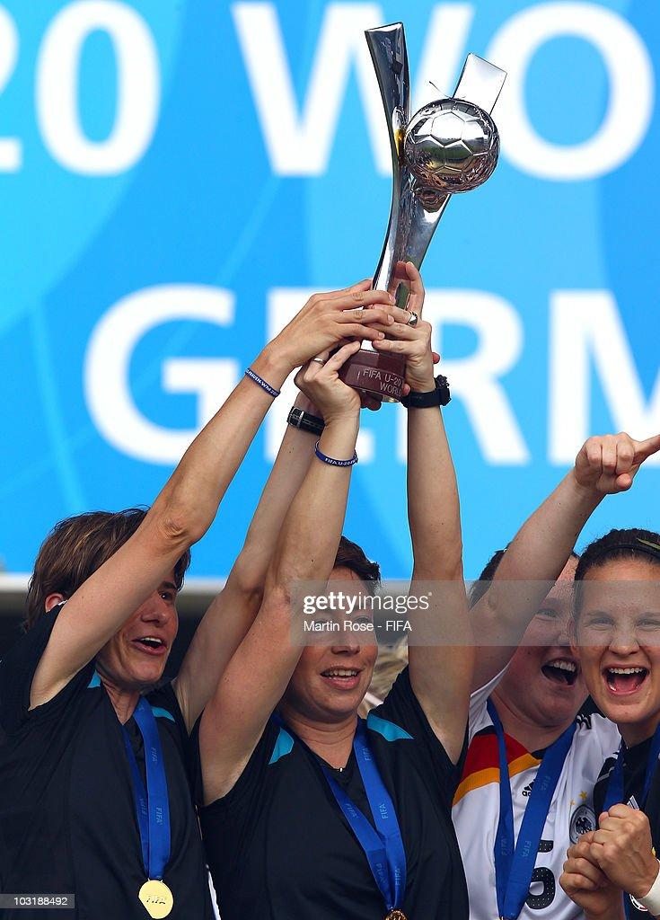 Germany v Nigeria - FIFA U20 Women's World Cup Final : News Photo
