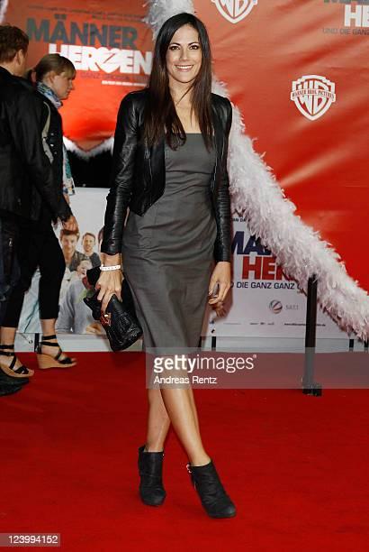 Bettina Zimmermann attends the 'Maennerherzen 2 und die ganz grosse Liebe' premiere at CineStar on September 7 2011 in Berlin Germany