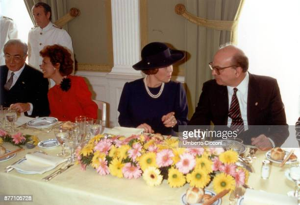 Bettino Craxi Queen Beatrix of Netherlands Anna Craxi and Francesco Cossiga for an official lunch at 'Casina Valadier' Rome 1987