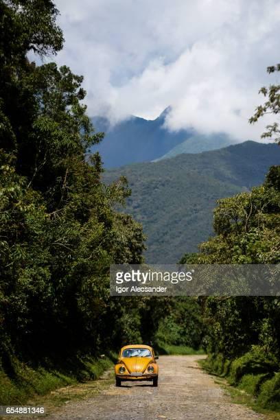 bettle, parque nacional de itatiaia, brasil - volkswagen - fotografias e filmes do acervo