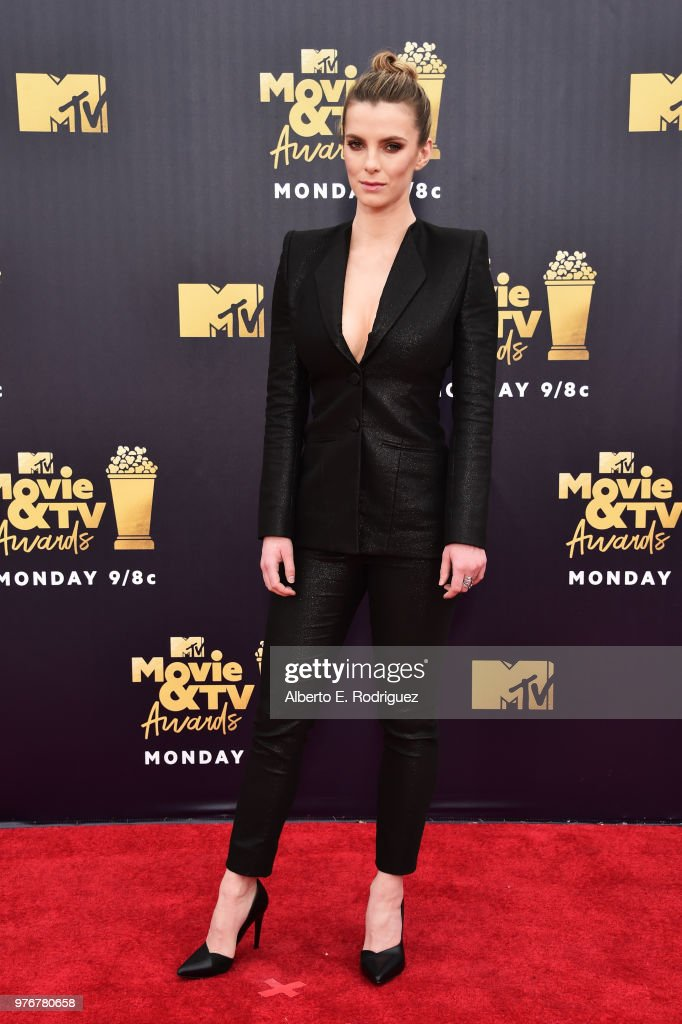 Betty Gilpin attends the 2018 MTV Movie And TV Awards at Barker Hangar on June 16, 2018 in Santa Monica, California.