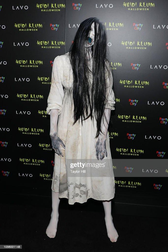 Betty Taube Gunter Attends Heidi Klum S 19th Annual Halloween Party