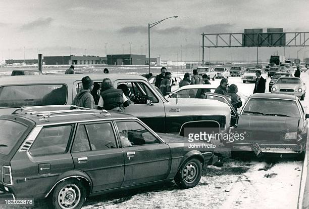 Between Quebec and Havana about 30 cars westbound were wreck and scatter all over the highway some with just minor Bumber to Bumber dents there were...
