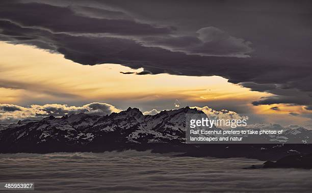 between the clouds - natur stock pictures, royalty-free photos & images