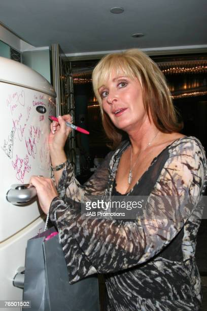 LONDON SEPTEMBER 03 Beverley Callard attends the TV Quick and TV Choice Awards Sultans of Swing Gift lounge at the Dorchester Hotel on September 03...