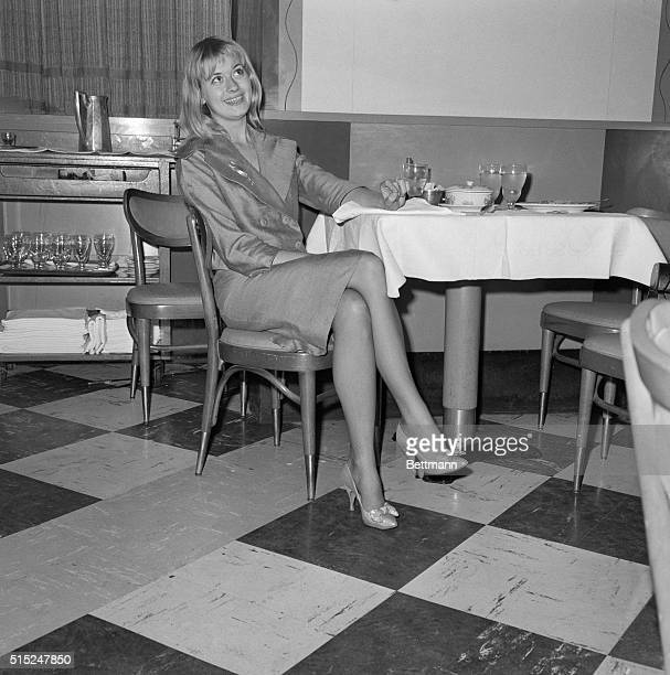 Beverly Aadland the girlfriend of the late Errol Flynn is shown at an East 50th Street apartment here She is here for a conference with her lawyer...