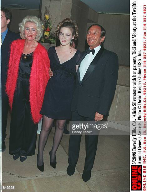 Beverly Hills CA Alicia Silverstone with her parents Didi and Monty at the Twelfth Annual Genesis Awards