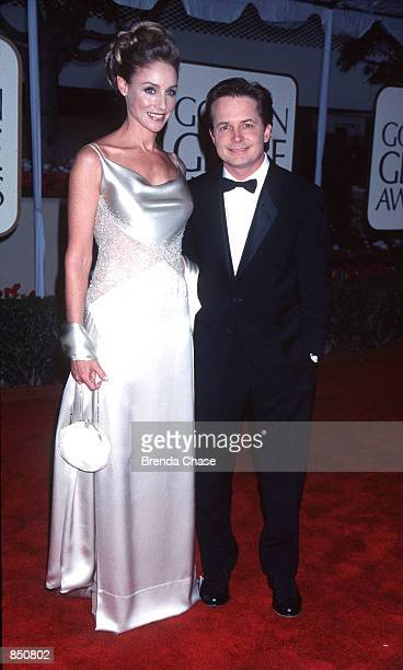 Beverly Hills CA Michael J Fox with his wife Tracy Pollan at the 56th Annual Golden Globe Awards