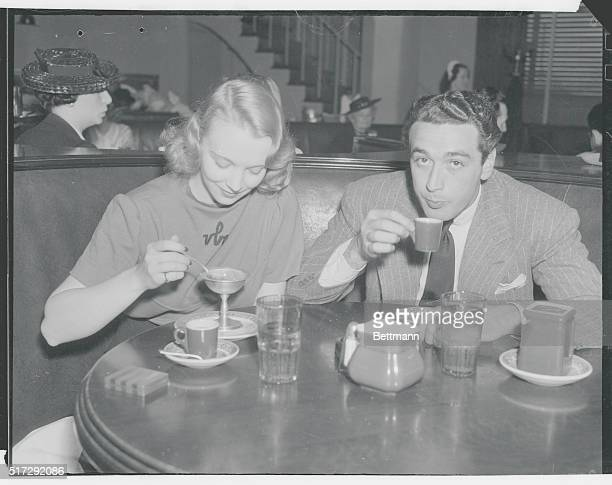 Beverly Hills California The beautiful Virginia Bruce caught in an informal mood when she dines recently at the Beverly Hills Brown Derby with Pat Di...