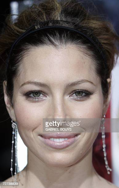 US actress Jessica Biel arrives for the world premiere of Home of the Brave 05 December 2006 in Beverly Hills California The film is about the story...