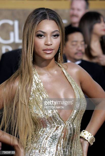 US singer Beyonce arrives on the red carpet 15 January 2007 for the 64th Annual Golden Globe Awards in Beverly Hills CA Beyonce was nominated for...