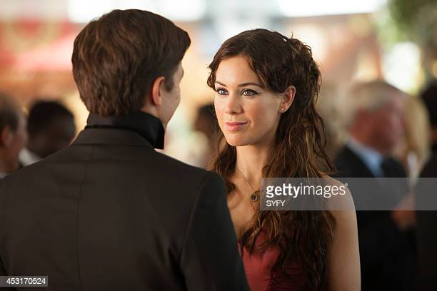 DOMINION Beware Those Closest To You Episode 108 Pictured Luke Gale as William Whele Roxanne McKee as Claire Riesen