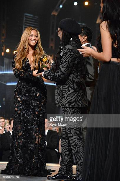 Beyonce accepts award onstage during The 57th Annual GRAMMY Awards at the STAPLES Center on February 8 2015 in Los Angeles California