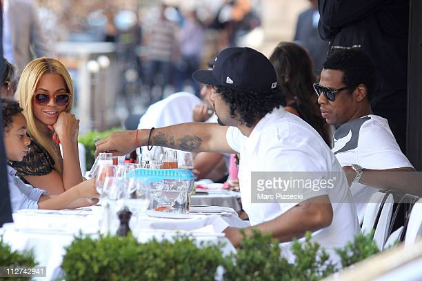 Beyonce and Jay Z celebrate their wedding anniversary on a romantic dinner at 'L'Avenue' restaurant on April 20 2011 in Paris France
