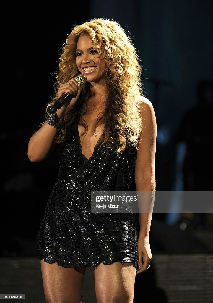 Beyonce and Jay-Z perform at Yankee Stadium on September 13, 2010 in New York, New York.
