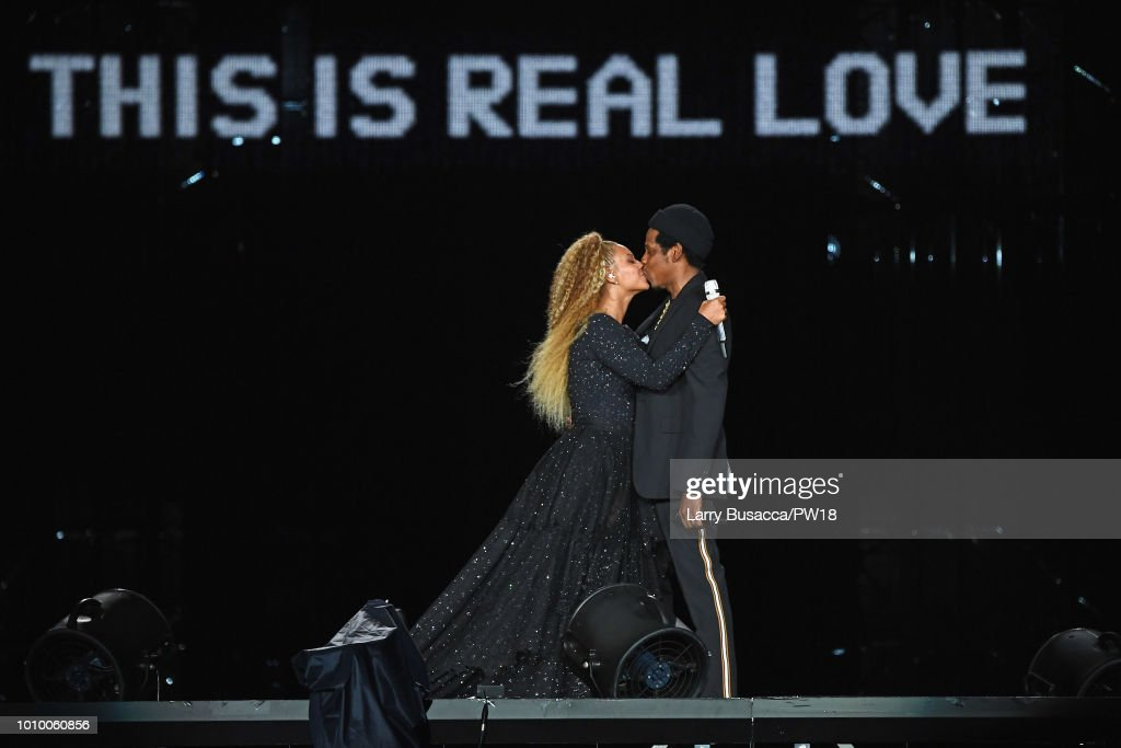 """Beyonce And Jay-Z """"On The Run II"""" Tour - New Jersey : News Photo"""