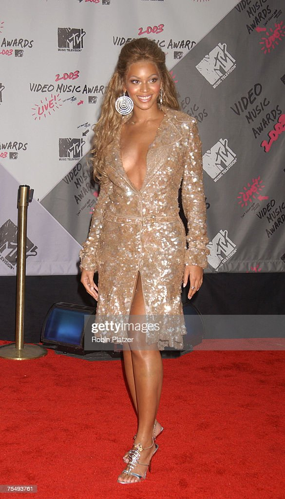 Beyonce at the 2003 MTV Video Music Awards - Arrivals at Radio City Music Hall in New York City, New York.