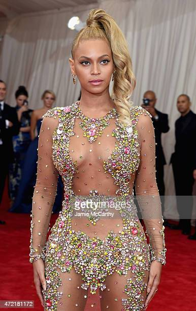 "Beyonce attends the ""China: Through The Looking Glass"" Costume Institute Benefit Gala at the Metropolitan Museum of Art on May 4, 2015 in New York..."
