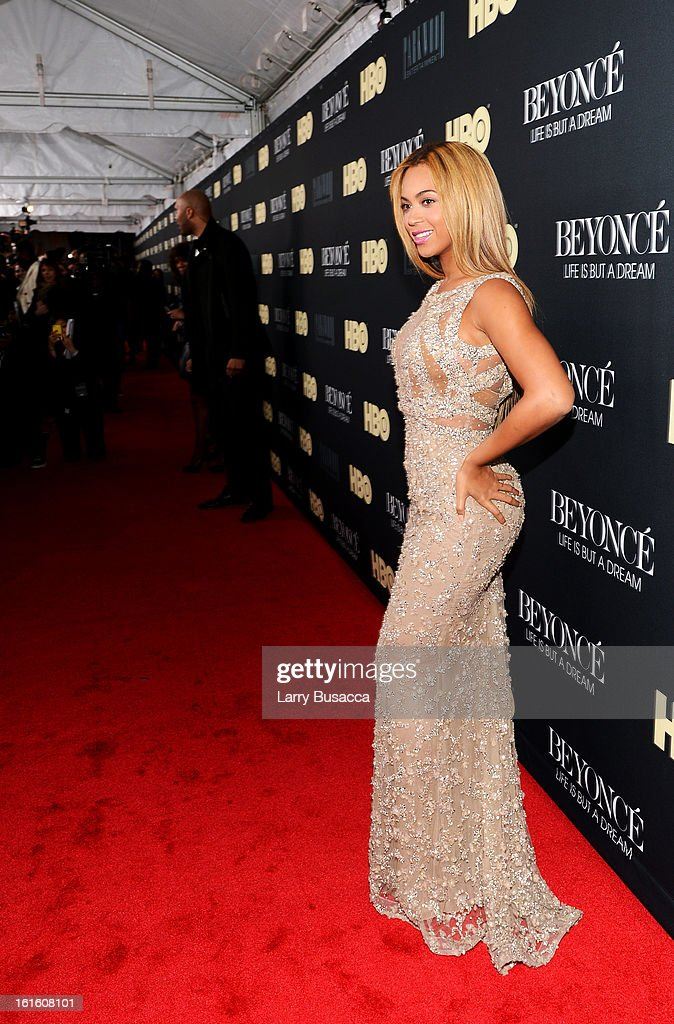 Beyonce attends the HBO Documentary Films 'Beyonce: Life Is But A Dream' New York Premiere at the Ziegfeld Theater on February 12, 2013 in New York City.