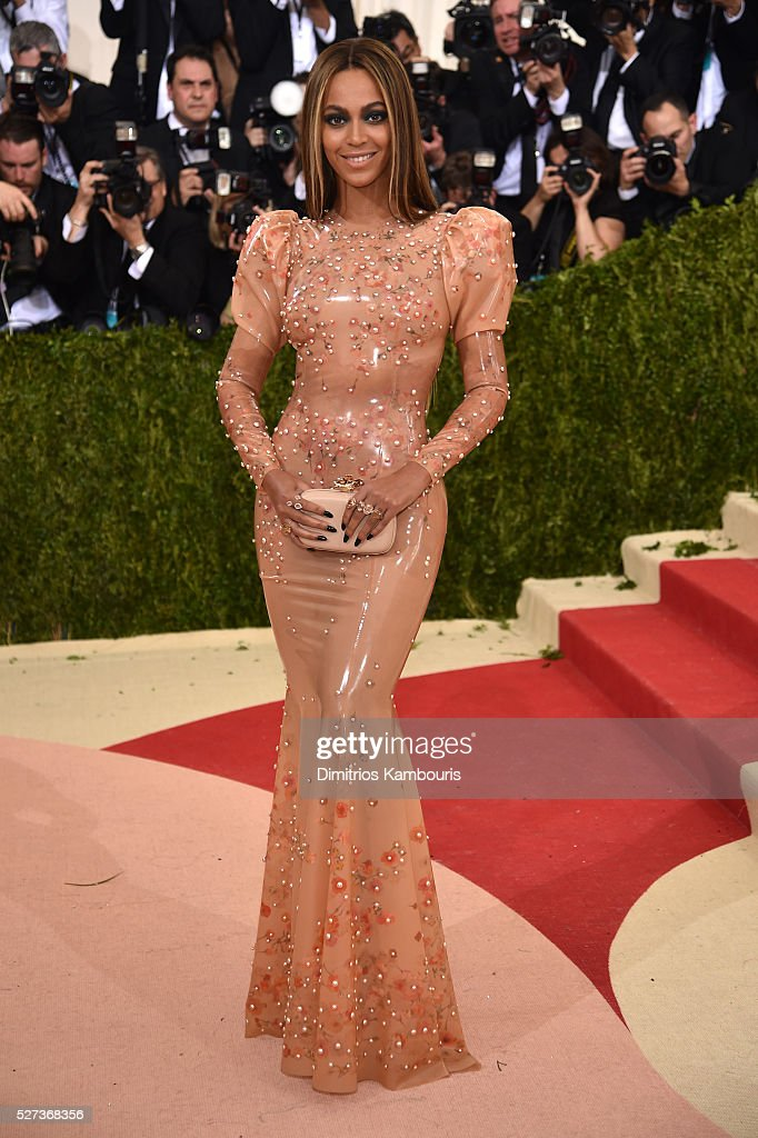 Beyonce attends the 'Manus x Machina: Fashion In An Age Of Technology' Costume Institute Gala at Metropolitan Museum of Art on May 2, 2016 in New York City.