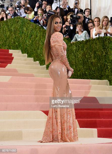 Beyonce attends the Manus x Machina Fashion In An Age Of Technology Costume Institute Gala at Metropolitan Museum of Art on May 2 2016 in New York...
