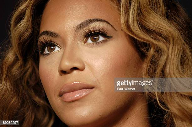 Beyonce attends the Show Your Helping Hand Campaign Press Conference at the United Center on July 17 2009 in Chicago Illinois