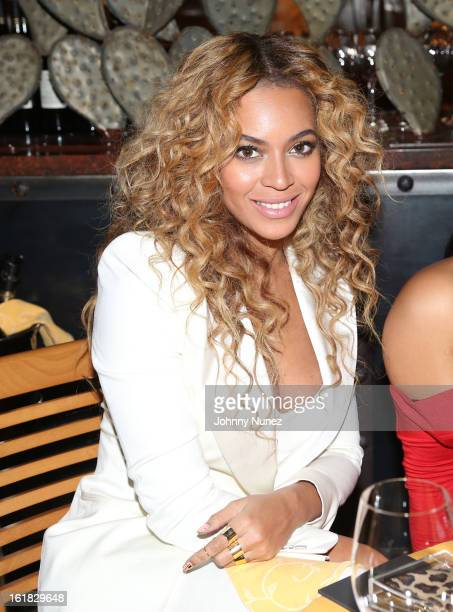 Beyonce attends The Two Kings Dinner presented by Sprite at RDG Bar Annie on February 16 2013 in Houston Texas
